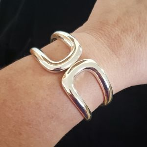 EUC Silver Toned Hinged Cuff Bracelet Unbranded